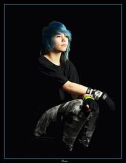 royal blue (Flienepien) Tags: blue color girl hair fun blauw adolescent meisje jong haar puber