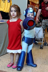 Rock and Roll Cosplay (Megaman) (StarsApart) Tags: arizona cute nerd phoenix rock comics costume kid geek cosplay videogames roll comicon rockandroll comicconvention megaman phoenixcomicon kidcosplay