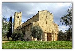 Abbazia di Sant'Antimo - Montalcino (Pil.2008) Tags: italia italy toscana abbazia santimo chiesa campanile 2016