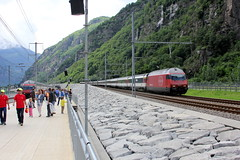 IR 2425 (ice91prinzeugen) Tags: ir sbb erffnung re ffs 460 2016 cff gottardo interregio pollegio basistunnel publikumsanlass gotth