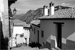 Dans l'Albayzin, Granada, Andalucia, Espana (claude lina) Tags: claudelina espana spain espagne andalucia andalousie granada grenade ville town albayzin maisons ruelle