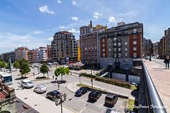 Estacion de RENFE en la Calle de Uria de Oviedo, Principado de Asturias, Espaa. (RAYPORRES) Tags: espaa asturias julio oviedo 2016 principadodeasturias estacionderenfe calledeuria calleviaductomarquina