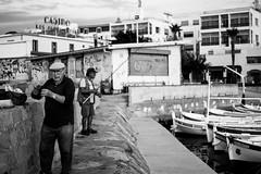 Pcheurs du matin  La Ciotat (Seb Magnan) Tags: laciotat blackandwhite provence street