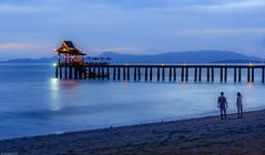 Romantic sunset (dominiquesainthilaire) Tags: nikon nikond7100 sunset kohyaoyai thailand thailande island coucherdesoleil waterscapes water sea andaman mer eau couleurs pier quai jete
