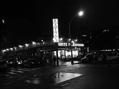 Katz's Deli (CGMethven) Tags: explore cgmethven night nyc les lowereastside bw blackwhite blancoynegro iphone katzdeli restaurant newyorkcity neon