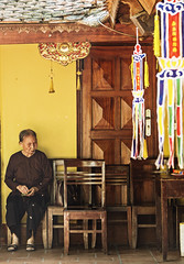 Hanoi (ich_onja_anja) Tags: urlaub beten tempel oma hanoi asia asien vietnam