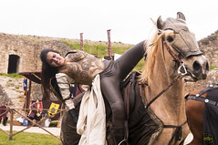 Drakonia - Les justes del rei Jaume (rubenfcid) Tags: horses horse fire fight battle fair medieval tournament knights weapon sword axe knight fighting joust middleages jousting weapons middleage jousts