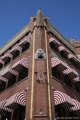 Zonneschermen (Maurits van den Toorn) Tags: architecture denhaag shade schaduw thehague architectuur berlage markies zonnescherm