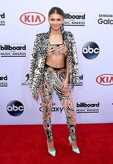 139579_3440 (Disney | ABC Television Group) Tags: red music celebrity television musicians stars carpet star theater theatre lasvegas group disney billboard event abc celebrities awards backstage bma awardshow 2015 billboardmusicawards liveevent disneyabctelevisiongroup zendaya