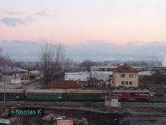 BDZ-  3_ / Metric gauge train at Bansko (Nontas K) Tags: winter sky sun building train december village railway bulgaria transports publictransport railstation bansko  2013 railtransport               nontask