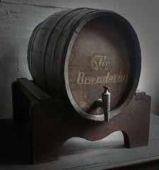 Liquor barrel (stubinde) Tags: liquor barrel liquorbarrel dengamleby aarhus denmark museum alcohol snaps