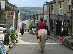 Haworth Main Street (waldopepper) Tags: horse mainstreet haworth