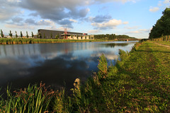 Almere: Tussen de Vaarten (H. Bos) Tags: city water de nap flevoland stad almere vaart almerestadtussen vaartenhoge