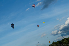 JKY_8779 (listentilithz) Tags: balloonfest middletown 2016 balloonglow hotairballoon airheadssmileyface jeep fireworks nikon d7000 1755 skydiver