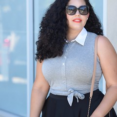 How to wear a Crop Top without Baring your Midriff (GirlWithCurves) Tags: croptop taneshaawasthi girlwithcurves howto styletips curlyhair curvy plussize