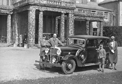 VINTAGE WHERE IS THIS.  OLD MOTOR TG8507   1934 (JOHN MORGANs OLD PHOTOS.) Tags: park bw white black vintage found interesting different album location gloucestershire oxford unknown and unusual morris morrisoxford sedbury sedburypark