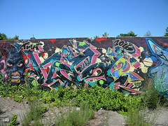 Had2 (Randall 667) Tags: street urban building art abandoned uw island graffiti artwork artist massachusetts exploring vase writer rhode twa wiz tagger 2016 had2