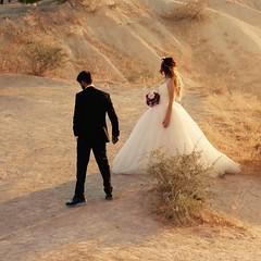 Boda en Kapadokya (PhotoSebastian) Tags: goreme turquia turkey balloon wedding bride husband married sunrise