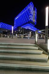 Oliver Bruns-5108.jpg (oliverbruns) Tags: blue streetlight night abu dhabi architecture cleveland clinic abudhabi clevelandclinic