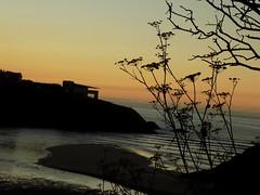 DSCN3665 (aloia del norte) Tags: sunsets atardecer asturies cantabrico mar