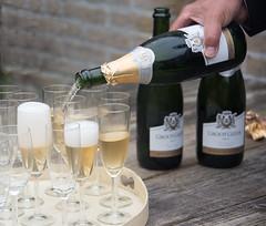 Groot Geluk (=Mirjam=) Tags: party festive bubbles drinks juli 2016 atoast feestelijk vonkelwijn nikond750 21dinner