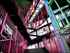 20100522-8108 (sulamith.sallmann) Tags: berlin deutschland europa friedrichshainkreuzberg gelnder germany handrail kreuzberg pink prinzenstrase railing rosa stairs steps stufe stufen treppe treppengelnder deu sulamithsallmann
