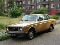 91-85-SG Volvo 144 Deventer (willemalink) Tags: 9185sg volvo 144 deventer