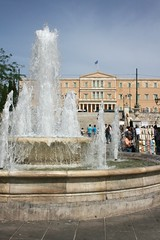 (Brian Aslak) Tags:  syntagmasquare athens attica greece hellas    europe city urban park square piazza praa vljak fountain