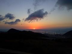 *En el cielo no hablan de otra cosa que del mar...* (ydimarnaime) Tags: marruecos tanger