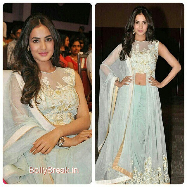 #Regrann from @instatollywood - Sonal Chauhan attended Pandaga Chesko Audio Launch event. #instatollywood #tamilcinema #tollywood #tamilactresss #Southindian #southcinema #tamil #telegu #India #indian #desi #telegucinema #teluguactress #Kollywood #kollywo