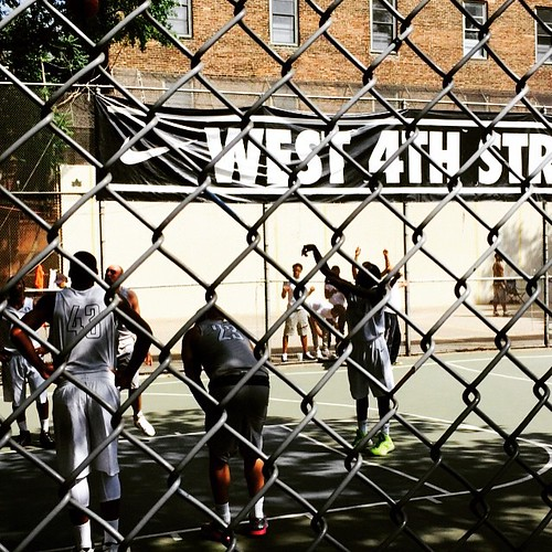 Saturday street ball #newyork #streetball #basketball