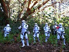 (_silencer_) Tags: starwars stormtrooper bb8 theforceawakens captainphasma takodana