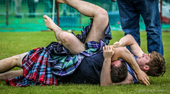 Backhold Wrestling: Greg Neilson and Paul Craig (FotoFling Scotland) Tags: male scotland kilt event wrestler balloch highlandgames kilted meninkilts paulcraig gregneilson lochlomondhighlandgames scottishwrestlingbond wrestlingbond