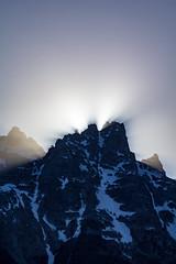 Sunset Over Grand Teton Peak (grimeshome) Tags: grandtetonnationalpark grandteton grandtetonpeak teton tetons tetonnationalpark nationalpark nationalparks nature sun sunset sunlight rays sunbeams wilderness