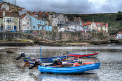 Staithes (Andrew Kettell) Tags: staithes seaside sea boats yorkshire england hdr waves capt cook historic shore beach