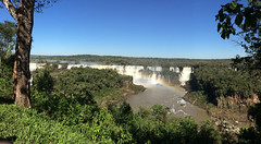 "Les chutes d'Iguaçu <a style=""margin-left:10px; font-size:0.8em;"" href=""http://www.flickr.com/photos/127723101@N04/29363405470/"" target=""_blank"">@flickr</a>"