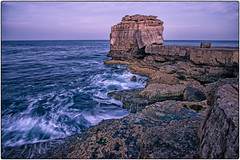 Pulpit Rock (Chenxi Ni) Tags: seawaves waves rock stone isleofportland portlandbill landscape sea seaside seaview sunrise water silky motion seamotion lowlight slowshutterspeed nikon d800 20mm f18 nikon20mmf18g