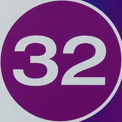 32 (Leo Reynolds) Tags: number squaredcircle 32 xsquarex xleol30x sqset117 xxx2015xxx