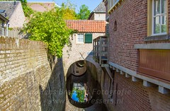 Canals 's-Hertogenbosch (Rens Bressers) Tags: city morning sun holland netherlands digital canon eos canal may nederland historic 7d kanaal brabant stad shertogenbosch hertogenbosch noordbrabant historisch 2015