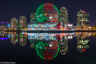 Vancouver lookin' nice and clean. Not to mention, lookin' sharp in red & green. :)