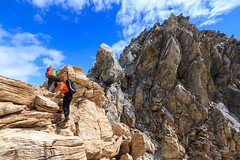 La Cresta dei Colori (Roveclimb) Tags: mountain alps suisse hiking crest ridge mountaineering alpinismo svizzera alpi montagna klettern cresta alpinism arete splugen spluga arista escursionismo suretta graubunden grigioni seehorn rothornli surettaluckli
