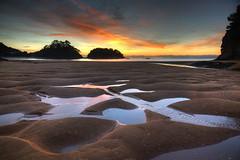 Kaiteriteri Sunrise (hapulcu) Tags: abeltasman newzealand southisland kaiteriteri tasman beach ocean pacific winter