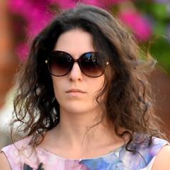 Sunsine Senorita (pstone646) Tags: woman sunshine canterbury kent sunglasses pretty closeup streetphotography candid