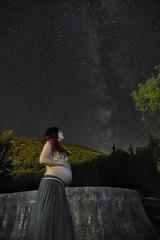 Under the milky way (Adrià Cabo) Tags: milky way cielo sky night vía lactea nocturna pregnant embarazo stars tokina1224 arbuniel