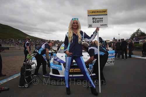 Warren Scott on the grid during the BTCC Knockhill Weekend 2016