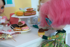 Booger's Magical Tea Party (bad_juju2) Tags: olive booger trinket vernon teaparty