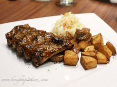 IMG_7860 (Chris & Christine (broughtup2share.com)) Tags: cerdito pork puchong desserts burger iberico ribs
