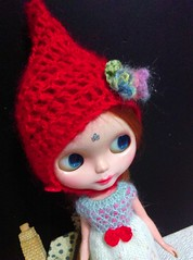 Blythe gnome hat and knitting dress