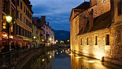 Picture perfect Annecy canals at night (somabiswas) Tags: annecy canals lights night restaurans reflecions france infinitexposure saariysqualitypictures