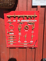 Son, Norway (greatandlittle) Tags: norway norge son knots sign